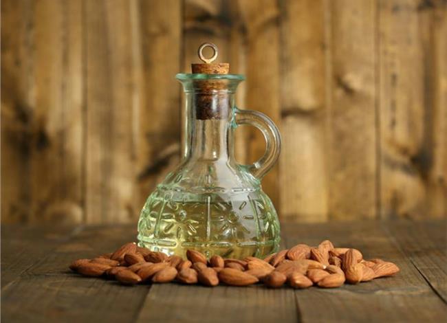 almond-oil2